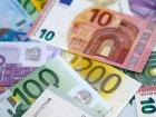 euros are much more colorful than U.S. Dollars